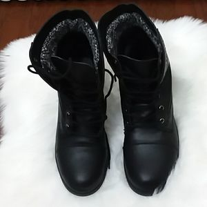 "NEW RAMPAGE BLACK BOOTS SZ8 1"" HEELS CHRISTMAS🤗"
